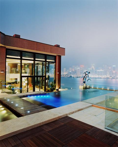 The infinity pool by the Presidential Suite of Hong Kong's Intercontinental Hotel.