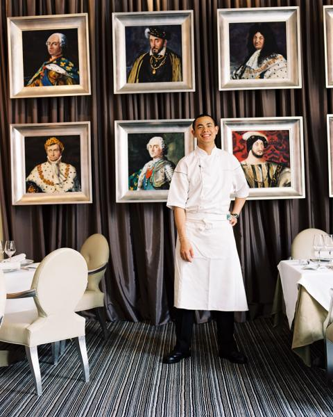 Chef Andre Chiang at Shanghai's now defunct Sens&Bund restaurant. Chef Chiang has since relocated to Singapore where he has his award-winning restaurant JAAN, and plans to open another restaurant in late 2010.